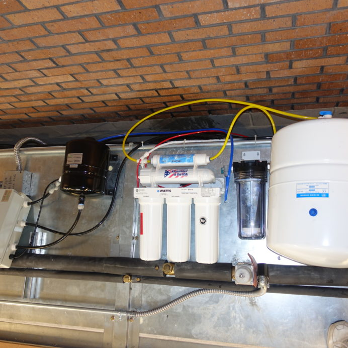 Reverse Osmosis Water Treatment System for Grocery Store Produce Misting Bars with Sediment Filter & water pressure booster pump