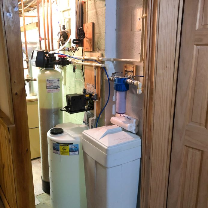 We installed a 75 gallon per day Reverse Osmosis System with a 14.4 gallon clean water Storage Tank with a permeate water pressure pump, a Water Softener and Brine Tank for hard water, a 10 inch Whole House Sediment Filter and a Chemical Feeder Pump and Solution Tank for pH and corrosion control for a happy customer in Brinklow, Maryland!